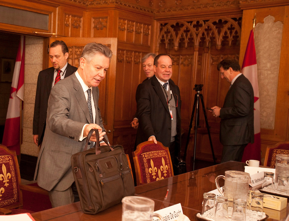 Karel De Gucht, European Commissioner for Trade prepares for a meeting with Canada's Minister of International Trade Peter Van Loan on Parliament Hill in Ottawa, Canada December 15, 2010.<br /> AFP/GEOFF ROBINS/STR