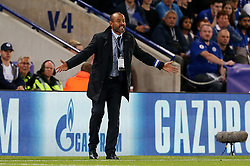 FC Porto manager Nuno gestures - Mandatory by-line: Matt McNulty/JMP - 27/09/2016 - FOOTBALL - King Power Stadium - Leicester, England - Leicester City v FC Porto - UEFA Champions League