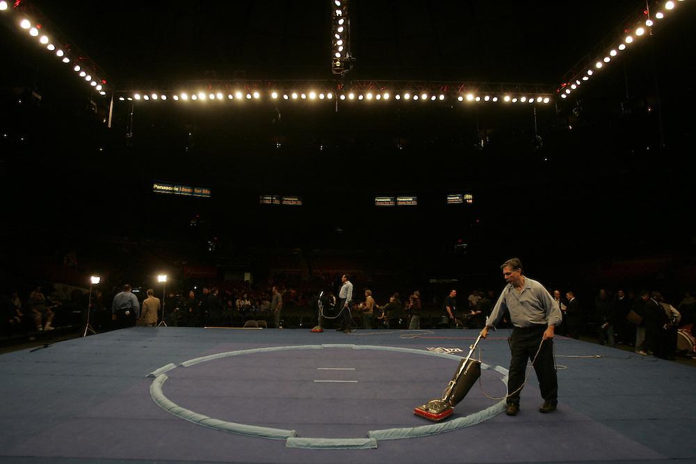 World Sumo Challenge at New York's Madison Square Garden. Saturday 22 October 2005.