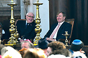 Koning Willem Alexander bij opening Joden en het Huis van Oranje in de Portugese Synagoge en Joods Historisch Museum<br /> <br /> King Willem Alexander at opening Jews and the House of Orange in the Portuguese Synagogue and Jewish Historical Museum<br /> <br /> Op de foto / On the photo: <br /> <br />  Koning Willem Alexander in de Portugese Synagoge  ///  King Willem Alexander in the Portuguese Synagogue
