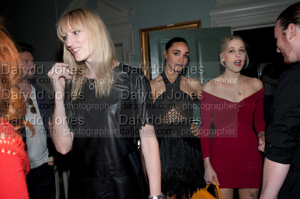 JADE PARFITT; FLO PHLOFINSTER; PEACHES GELDOF; MARK FAST;-, MARK FAST party, PARADISE, KENSAL GREEN. London. 28 July 2011. <br /> <br />  , -DO NOT ARCHIVE-© Copyright Photograph by Dafydd Jones. 248 Clapham Rd. London SW9 0PZ. Tel 0207 820 0771. www.dafjones.com.
