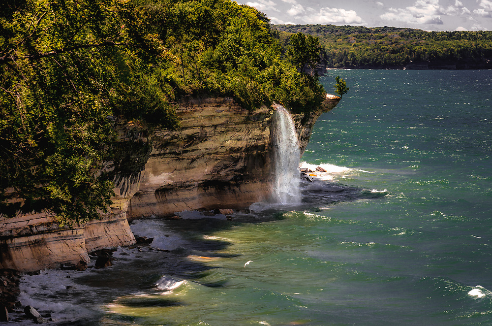 Spray Falls at Pictured Rocks waterfall
