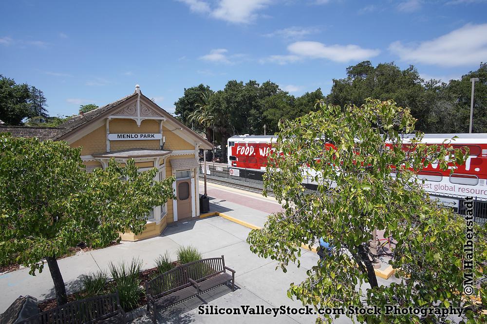 Menlo Park Station, Menlo Park