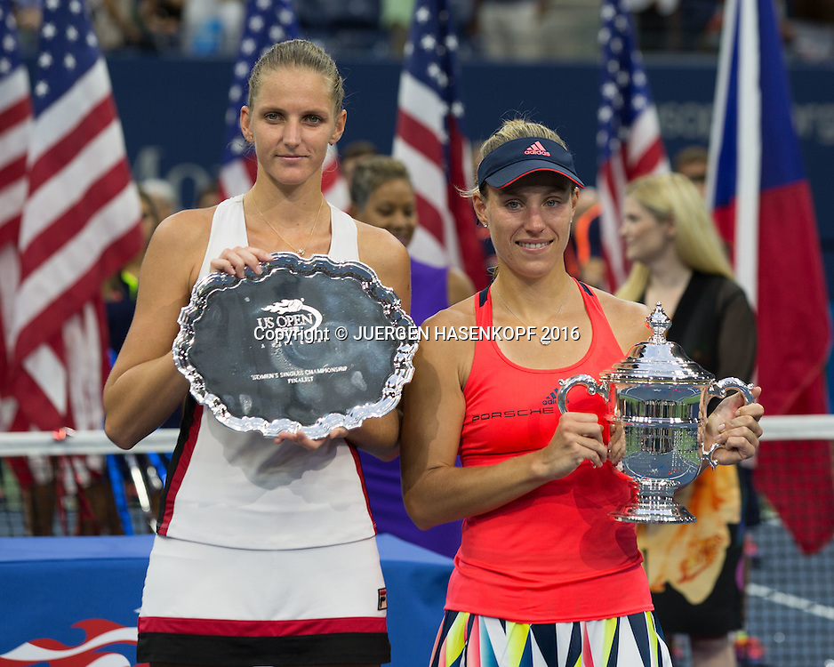 Siegerin ANGELIQUE KERBER (GER) und Finalistin KAROLINA PLISKOVA (CZE), Siegerehrung, Praesentation<br /> <br /> Tennis - US Open 2016 - Grand Slam ITF / ATP / WTA -  USTA Billie Jean King National Tennis Center - New York - New York - USA  - 10 September 2016.