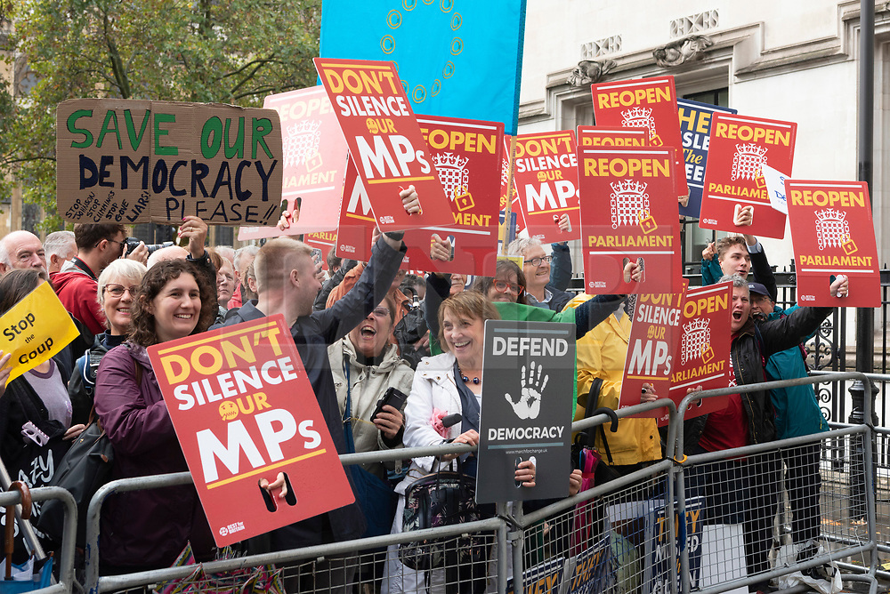 © Licensed to London News Pictures. 24/09/2019. London, UK.  British pro-remain supporters outside the Supreme Court after it had ruled prorogation by the British government was unlawful. Photo credit: Ray Tang/LNP