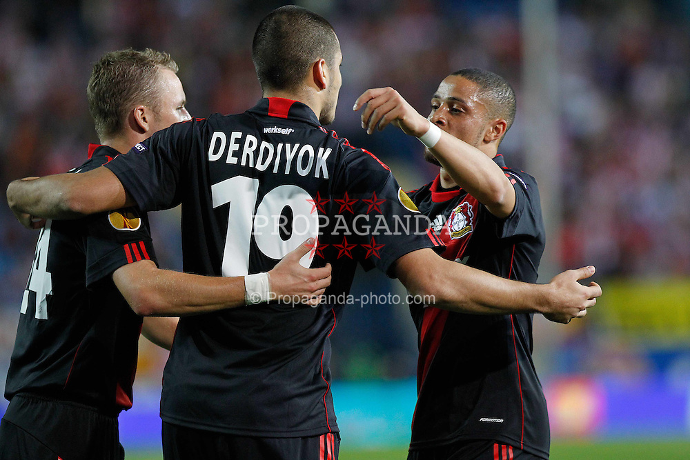 30.09.2010, Vicente Calderon Stadion, Madrid, UEFA EL, Atletico de Madrid vs Bayer 04 Leverkusen, im Bild Bayer Leverkusen's  Eren Derdiyok scores first goal during UEFA Europe League. EXPA Pictures © 2010, PhotoCredit: EXPA/ Alterphotos/ Cesar Cebolla +++++ ATTENTION - OUT OF SPAIN / ESP +++++