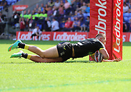 Tom Lineham of Warrington Wolves scores the first try against Leeds Rhinos during the Ladbrokes Challenge Cup Semi Final match at the Macron Stadium Stadium, Bolton.<br /> Picture by Michael Sedgwick/Focus Images Ltd +44 7900 363072<br /> 05/08/2018