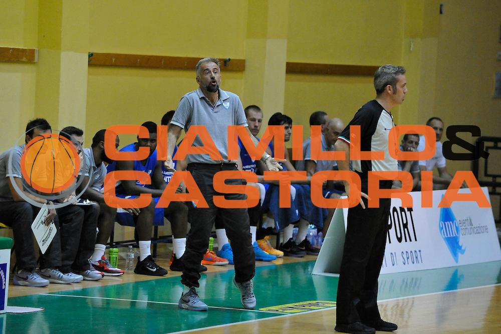 DESCRIZIONE : Jesolo Lega A 2015-2016 Terzo Torneo Citta di Jesolo Umana Reyer Venezia Acqua Vitasnella Cantu<br /> GIOCATORE : Fabio Corbani<br /> CATEGORIA :  Delusione Allenatore Coach<br /> SQUADRA : Umana Reyer Venezia Acqua Vitasnella Cantu<br /> EVENTO : Campionato Lega A 2015-2016<br /> GARA : Umana Reyer Venezia Acqua Vitasnella Cantu<br /> DATA : 12/09/2015<br /> SPORT : Pallacanestro<br /> AUTORE : Agenzia Ciamillo-Castoria/M.Gregolin<br /> Galleria : Lega Basket A 2011-2012<br /> Fotonotizia :  Jesolo Lega A 2015-2016 Terzo Torneo Citta di Jesolo Umana Reyer Venezia Acqua Vitasnella Cantu<br /> Predefinita :