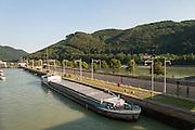 Schleuse Jochenstein, Donau, Bayerischer Wald, Bayern, Deutschland | lock Jochenstein, Danube, Bavarian Forest, Bavaria, Germany