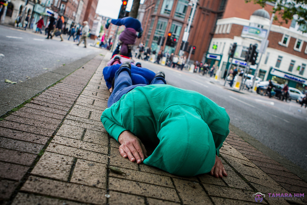 Bodies in Urban Spaces, Willi Dorner Company, Dublin Dance Festival. ©Tamara Him.