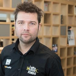 08-01-2016: Wielrennen: Presentatie Lotto Jumbo: Den Bosch<br />'s-HERTOGENBOSCH (NED) wielrennen<br />Team Lotto-Jumbo werd gepresenteerd op het HQ van Brand Loyalty <br />Addy Engels