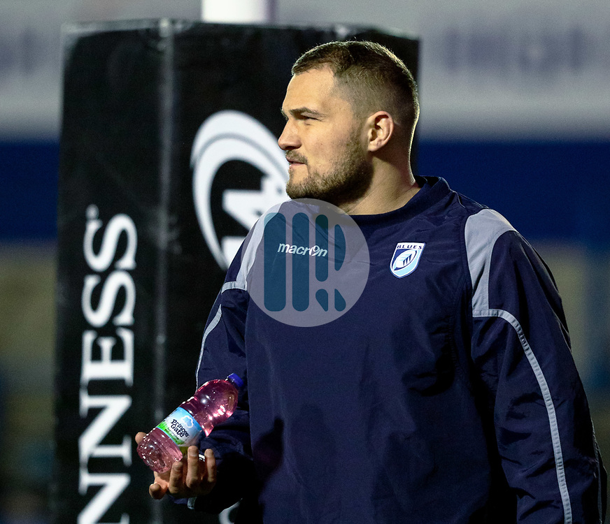 Olly Robinson of Cardiff Blues during the pre match warm up<br /> <br /> Photographer Simon King/Replay Images<br /> <br /> Guinness PRO14 Round 15 - Cardiff Blues v Glasgow Warriors - Saturday 16th February 2019 - Cardiff Arms Park - Cardiff<br /> <br /> World Copyright © Replay Images . All rights reserved. info@replayimages.co.uk - http://replayimages.co.uk