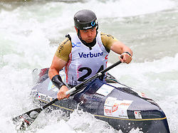 27.06.2015, Verbund Wasserarena, Wien, AUT, ICF, Kanu Wildwasser Weltmeisterschaft 2015, C1 men, im Bild Lukas Novosad (CZE) // during the final run in the men's C1 class of the ICF Wildwater Canoeing Sprint World Championships at the Verbund Wasserarena in Wien, Austria on 2015/06/27. EXPA Pictures © 2014, PhotoCredit: EXPA/ Sebastian Pucher