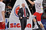 DESCRIZIONE : Campionato 2015/16 Serie A Beko Dinamo Banco di Sardegna Sassari - Grissin Bon Reggio Emilia<br /> GIOCATORE : Massimiliano Menetti<br /> CATEGORIA : Before Pregame Ritratto<br /> SQUADRA : Grissin Bon Reggio Emilia<br /> EVENTO : LegaBasket Serie A Beko 2015/2016<br /> GARA : Dinamo Banco di Sardegna Sassari - Grissin Bon Reggio Emilia<br /> DATA : 23/12/2015<br /> SPORT : Pallacanestro <br /> AUTORE : Agenzia Ciamillo-Castoria/C.Atzori