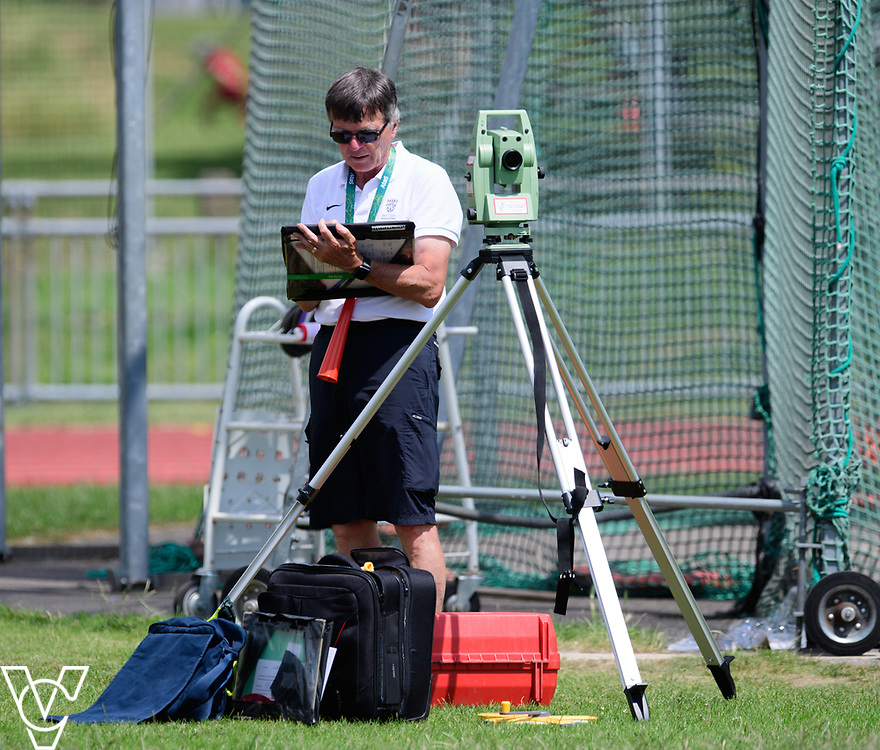 Metro Blind Sport's 2017 Athletics Open held at Mile End Stadium.  Javelin.  race official<br /> <br /> Picture: Chris Vaughan Photography for Metro Blind Sport<br /> Date: June 17, 2017