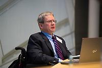 DEU, Deutschland, Germany, Berlin, 09.11.2017: Der Historiker Prof. Dr. James Retallack bei einem Vortrag in der Friedrich-Ebert-Stiftung.