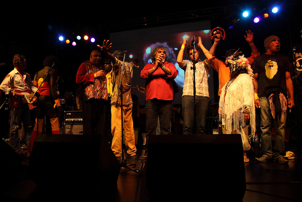The Black Arm Band, put on a memorable performance at the 2009 Alice Springs Desert Festival