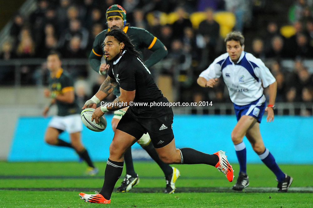 All Black Ma`a Nonu during the Rugby Championship Rugby Union Test Match New Zealand All Blacks v South Africa. Westpac Stadium, Wellington, New Zealand. Saturday 13 September 2014. Photo: Chris Symes/www.photosport.co.nz