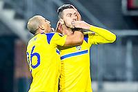 ALKMAAR - 20-10-2016, AZ - Maccabi Tel Aviv, AFAS Stadion, Maccabi Tel Aviv speler Haris Medunjanin (r) gaf de assist op de 0-1, Maccabi Tel Aviv speler Tal Ben Haim (l).