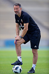 LOS ANGELES, USA - Saturday, May 26, 2018: Wales' manager Ryan Giggs during a training session at the UCLA Drake Track and Field Stadium ahead of the International friendly match against Mexico. (Pic by David Rawcliffe/Propaganda)