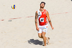 29.07.2017, Donauinsel, Wien, AUT, FIVB Beach Volleyball WM, Wien 2017, Herren, Gruppe H, im Bild Tobias Winter (AUT) // Tobias Winter of Austria during the men's group H match of 2017 FIVB Beach Volleyball World Championships at the Donauinsel in Wien, Austria on 2017/07/29. EXPA Pictures © 2017, PhotoCredit: EXPA/ Sebastian Pucher