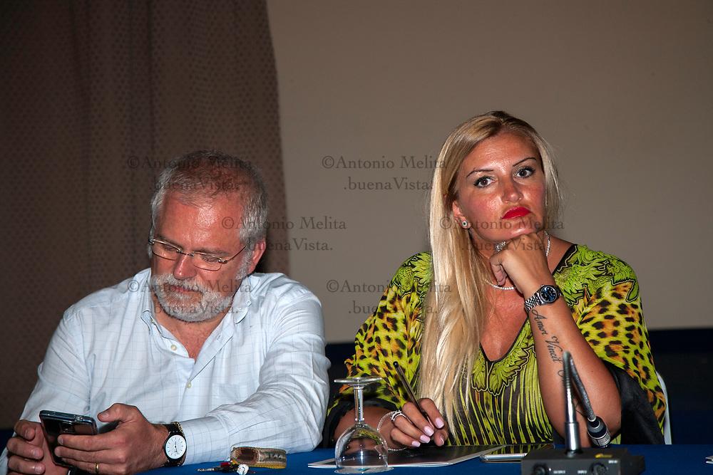 Riunione di Mdp-Articolo 1 a Palermo. Presenti Francesco Campanella e Sonia Alfano.