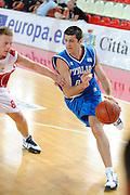 DESCRIZIONE : Teramo Giochi del Mediterraneo 2009 Mediterranean Games Italia Italy Montenegro Preliminary Men<br /> GIOCATORE : Daniele Cinciarini<br /> SQUADRA : Italia Italy<br /> EVENTO : Teramo Giochi del Mediterraneo 2009<br /> GARA : Italia Italy Montenegro<br /> DATA : 29/06/2009<br /> CATEGORIA : penetrazione<br /> SPORT : Pallacanestro<br /> AUTORE : Agenzia Ciamillo-Castoria/G.Ciamillo<br /> Galleria : Giochi del Mediterraneo 2009<br /> Fotonotizia : Teramo Giochi del Mediterraneo 2009 Mediterranean Games Italia Italy Montenegro Preliminary Men<br /> Predefinita :