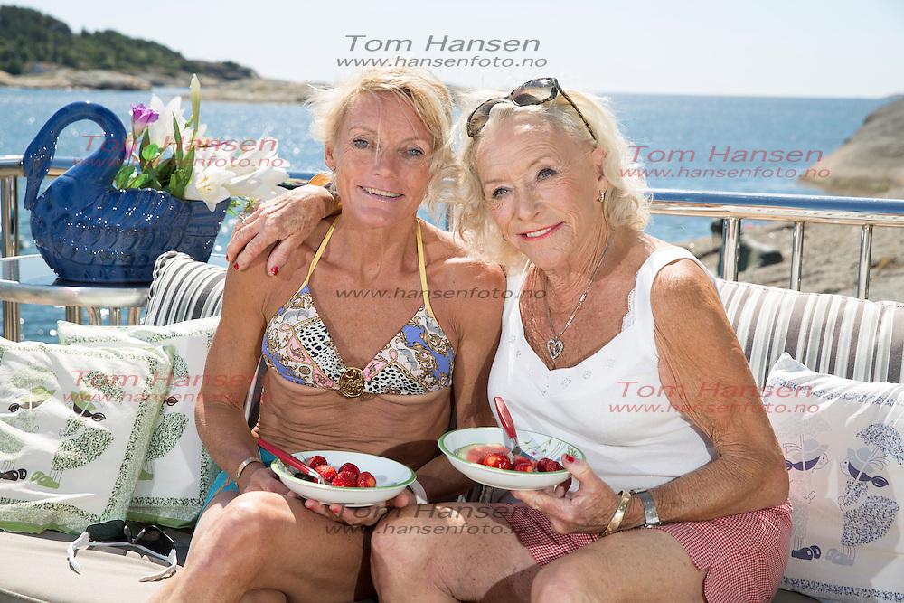 LARVIK, 2014702; Anette Bøe tribes med trending og og koser seg på hytta med mor.  FOTO: TOM HANSEN