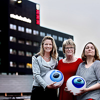 Nederland, Amsterdam, 7 april 2014.<br /> Het dagelijks bestuur van stadsdeel Noord.<br /> v.l.n.r. Saskia Groenewoud (D66) Coby van Berkum (PvdA) en Erna Berends (SP met in de hand, de ogen gericht op Noord.<br /> VOORKEURFOTO<br /> <br /> Foto:Jean-Pierre Jans