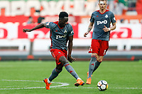 MOSCOW, RUSSIA - MAY 05: Eder (C) of FC Lokomotiv Moscow passes the ball during the Russian Football League match between FC Lokomotiv Moscow and FC Zenit Saint Petersburg at RZD Arena on May 5, 2018 in Moscow, Russia.