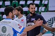 DESCRIZIONE : Beko Legabasket Serie A 2015- 2016 Dinamo Banco di Sardegna Sassari - Manital Auxilium Torino<br /> GIOCATORE : Lorenzo D'Ercole Tommaso Fantoni<br /> CATEGORIA : Fair Play Before Pregame<br /> SQUADRA : Dinamo Banco di Sardegna Sassari<br /> EVENTO : Beko Legabasket Serie A 2015-2016<br /> GARA : Dinamo Banco di Sardegna Sassari - Manital Auxilium Torino<br /> DATA : 10/04/2016<br /> SPORT : Pallacanestro <br /> AUTORE : Agenzia Ciamillo-Castoria/L.Canu
