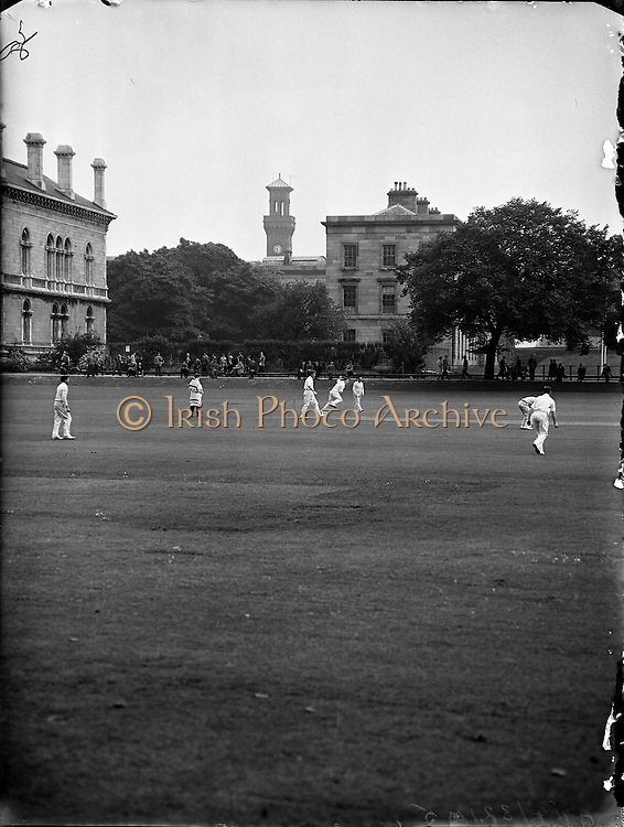 Cricket - Dublin University vs. North of Ireland at College Park.09/06/1958