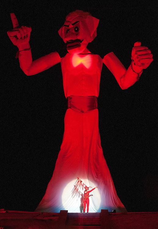 em082914t/a1/Thousands of people attended the 90th burning of Zozobra at Fort Marcy Park in Santa Fe, Friday August 29, 2014. (Eddie Moore/Albuquerque Journal)