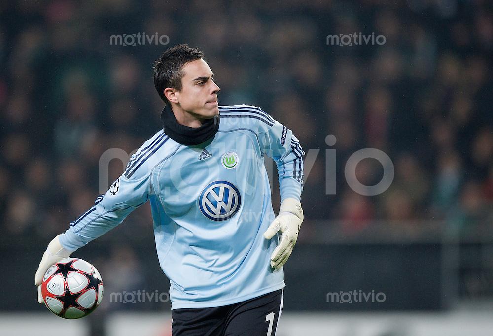 Fussball Uefa Champions League VFL Wolfsburg - Manchester United FC Diego BENAGLIO (Wolfsburg).