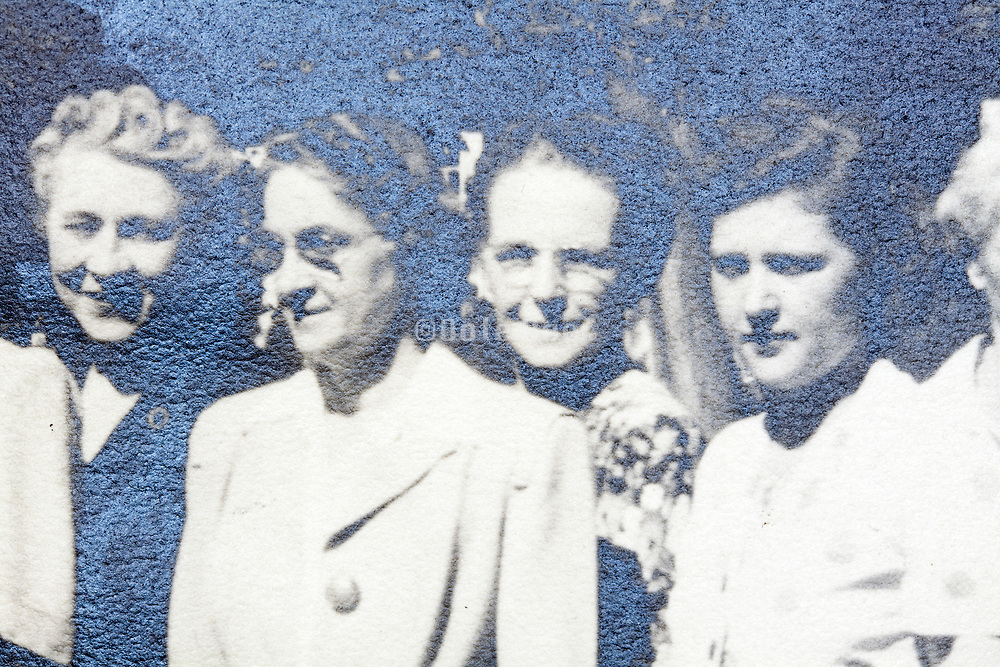 female family group portrait 1948