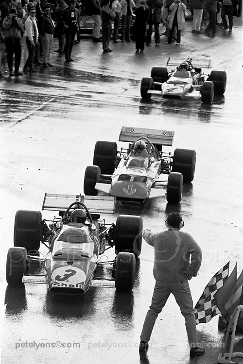 Lineup leaving the pits during practice for the 1970 USGP at Watkins Glen