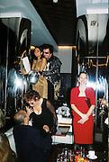 Yasmin Mills, Nicky Haslam, Paula Reed. Gilda's Club party. Isola. London. 5/2/01 © Copyright Photograph by Dafydd Jones 66 Stockwell Park Rd. London SW9 0DA Tel 020 7733 0108 www.dafjones.com