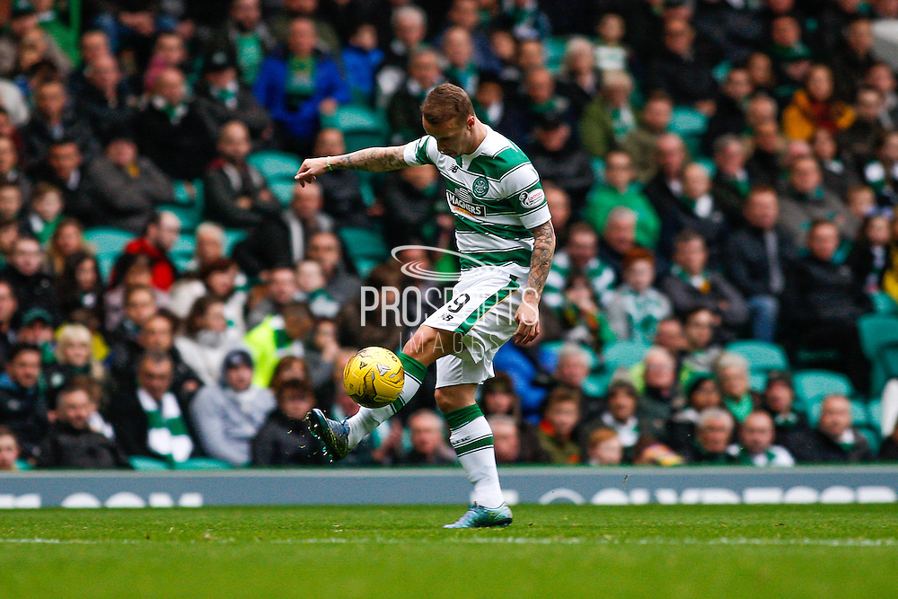 Celtic FC Forward Leigh Griffiths controls the long pass during the Ladbrokes Scottish Premiership match between Celtic and Dundee United at Celtic Park, Glasgow, Scotland on 25 October 2015. Photo by Craig McAllister.
