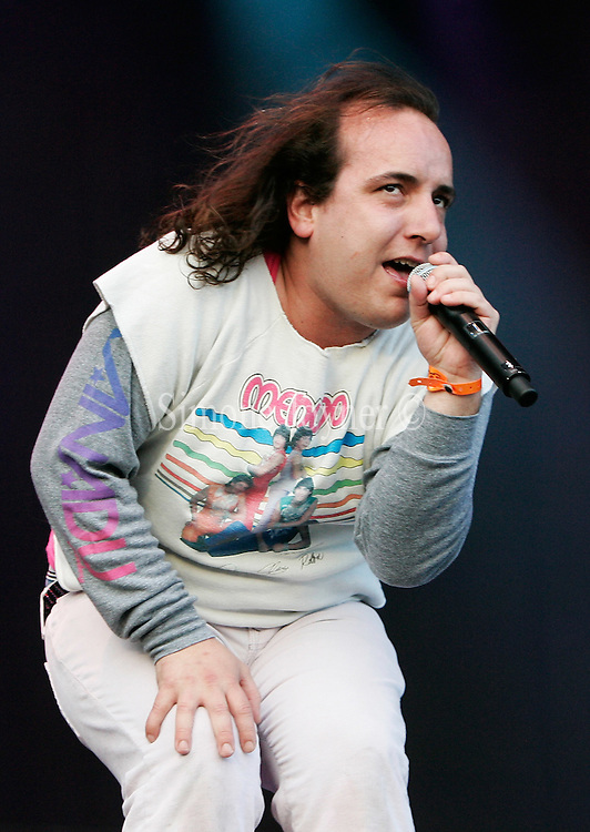 Har Mar Superstar performs live on stage during The Mighty Boosh Festival at The Hop Farm on July 5, 2008 in Paddock Wood, Kent, England. (Photo by Simone Joyner)