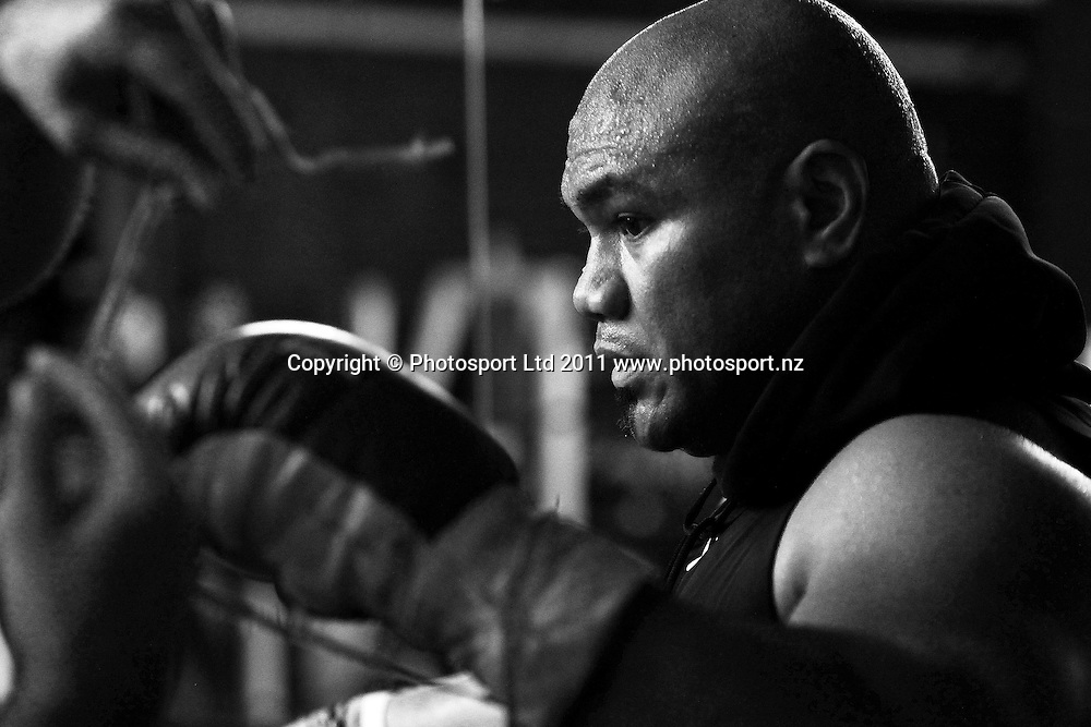 New Zealand heavyweight boxer David Tua during a training session. Tua Gym, Onehunga, Auckland. 2 August 2011. Photo: William Booth/photosport.co.nz