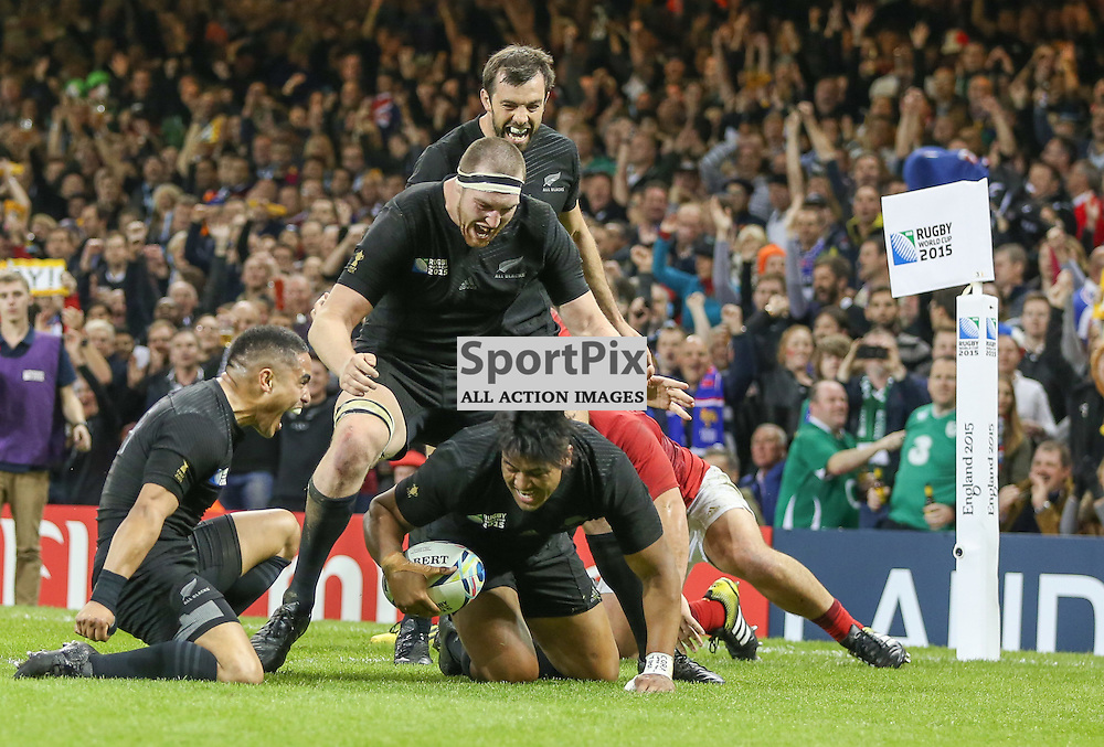 Julian Savea scores a try just before half time during the Rugby World Cup Quarter Final, New Zealand v France, Saturday 17 October 2015, Millenium Stadium, Cardiff (Photo by Mike Poole - Photopoole)