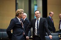 DEU, Deutschland, Germany, Berlin, 02.03.2018: Dr. Bernd Buchholz (FDP), Wirtschaftsminister in Schleswig-Holstein, und Dr. Volker Wissing (FDP), Wirtschaftsminister in Rheinland-Pfalz, vor einer Sitzung im Bundesrat.