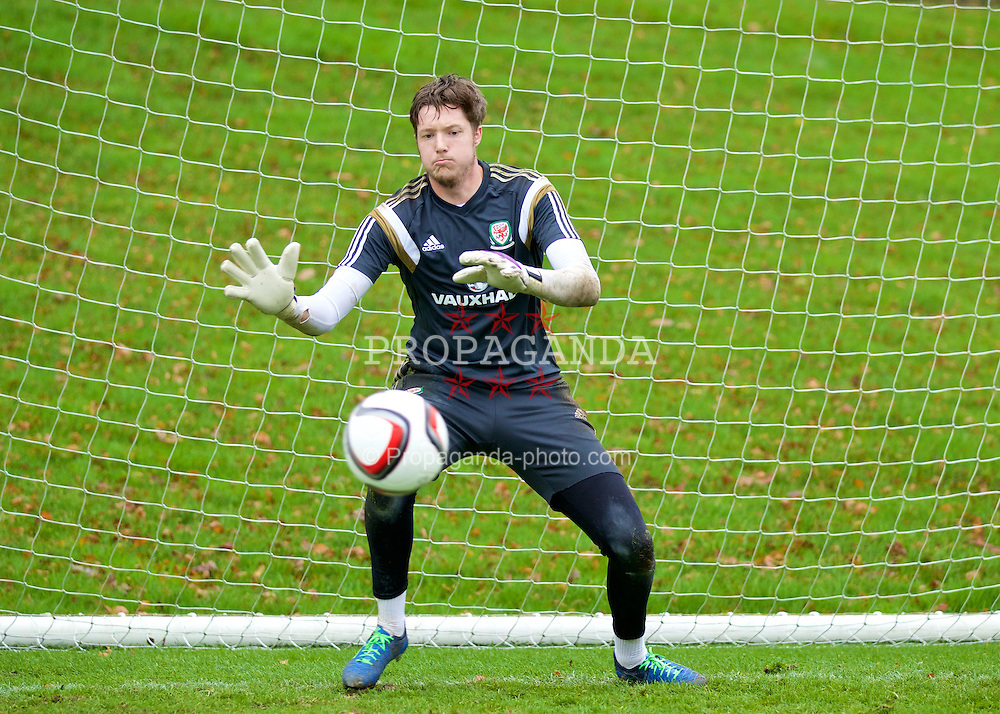 CARDIFF, WALES - Tuesday, November 11, 2014: Wales' goalkeeper Wayne Hennessey during training at the Vale of Glamorgan ahead of the UEFA Euro 2016 Qualifying Group B game against Belgium. (Pic by David Rawcliffe/Propaganda)