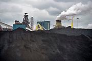 Nederland, the netherlands, ijmuiden,velsen, wijk aan zee, 13-6-2018 .Voorheen Koninklijke hoogovens, tatasteel, voert gesprekken om te fuseren met de duitse staalproducent Thyssen-Krupp . De nederlandse fabriek procuceert hoogwaardig staal waarvan veel voor de export naar de vs bestemd is . Door de importheffing van trump komt dit in gevaar .Foto: Flip Franssen