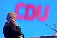 11 NOV 2002, HANNOVER/GERMANY:<br /> Roland Koch, CDU, Ministerpraesident Hessen, CDU Bundesparteitag, Hannover Messe<br /> IMAGE: 20021111-01-092<br /> KEYWORDS: Parteitag, party congress, Ministerpräsident, Logo, sign