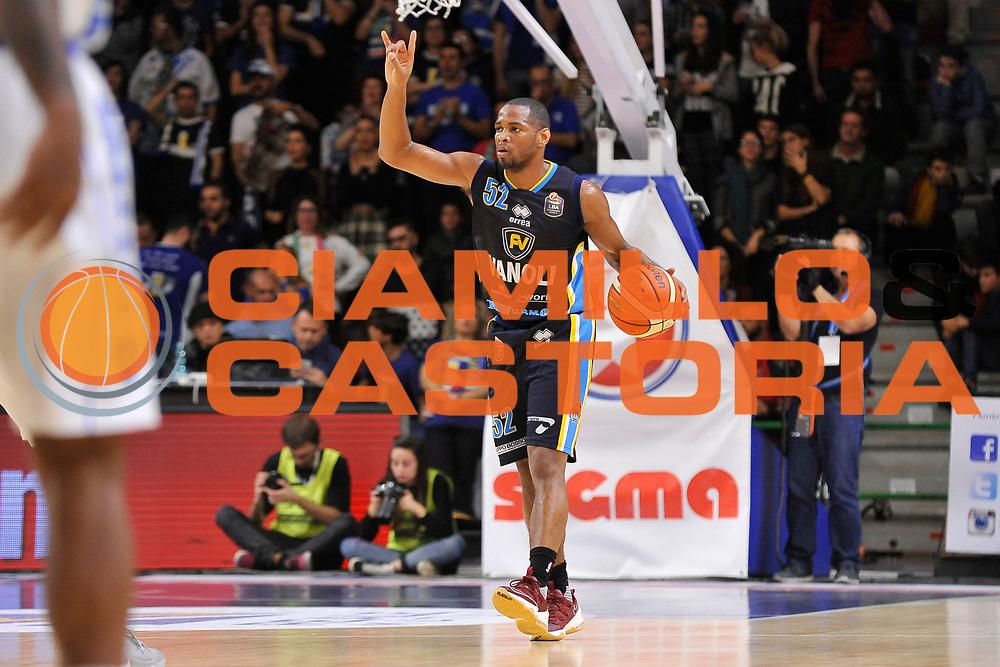 Tu Holloway<br /> Banco di Sardegna Dinamo Sassari - Vanoli Cremona<br /> LegaBasket Serie A LBA Poste Mobile 2016/2017<br /> Sassari 26/11/2016<br /> Foto Ciamillo-Castoria