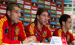24.05.2012, Haus des Gastes, Schruns, AUT, UEFA EURO 2012, Trainingslager, Spanien, Pressekonferenz, im Bild Alvaro Negredo, Sergio Ramos, Juanfran (Juan Francisco Garcia) (ESP) // Alvaro Negredo, Sergio Ramos, Juanfran (Juan Francisco Garcia) of Spain during Pressconference of Spanish National Footballteam for preparation UEFA EURO 2012 at Haus des Gastes, Schruns, Austria on 2012/05/24. EXPA Pictures © 2012, PhotoCredit: EXPA/ Johann Groder