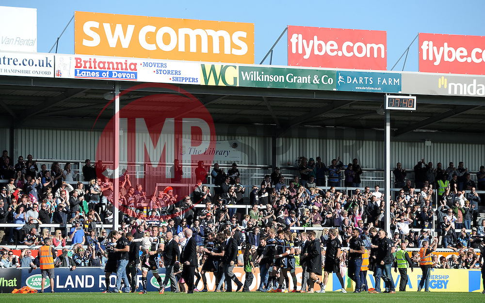 The Exeter Chiefs squad walk around the pitch to show their thanks to the fans. Photo mandatory by-line: Harry Trump/JMP - Mobile: 07966 386802 - 16/05/15 - SPORT - RUGBY - Aviva Premiership - Exeter Chiefs v Sale Sharks - Sandy Park, Exeter, England.