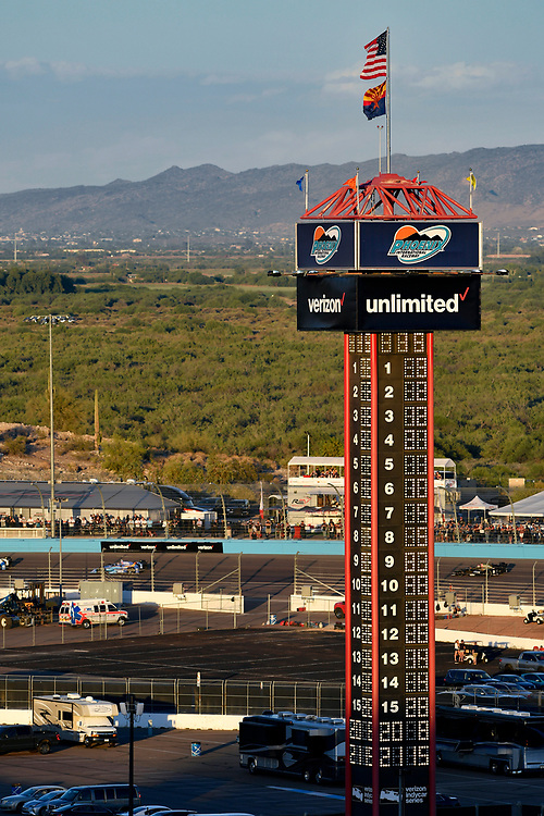 Verizon IndyCar Series<br /> Desert Diamond West Valley Phoenix Grand Prix<br /> Phoenix Raceway, Avondale, AZ USA<br /> Saturday 29 April 2017<br /> Scoring pylon, atmosphere<br /> World Copyright: Scott R LePage<br /> LAT Images<br /> ref: Digital Image lepage-170429-phx-3184