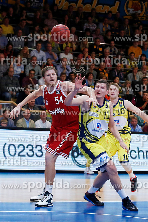 11.10.2014, ENERVIE Arena, Hagen, GER, Beko Basketball BL, Phoenix Hagen vs FC Bayern Muenchen, 4. Runde, im Bild John Bryant (FC Bayern Muenchen #54) gegen Moritz Krume (Phoenix Hagen #11) // during the Beko Basketball Bundes league 4th round match between Phoenix Hagen and FC Bayern Muenchen at the ENERVIE Arena in Hagen, Germany on 2014/10/11. EXPA Pictures &copy; 2014, PhotoCredit: EXPA/ Eibner-Pressefoto/ Schueler<br /> <br /> *****ATTENTION - OUT of GER*****